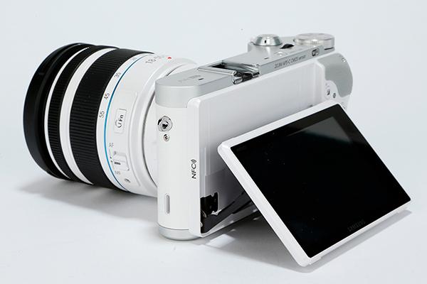 Samsung-NX300-product-shot-3